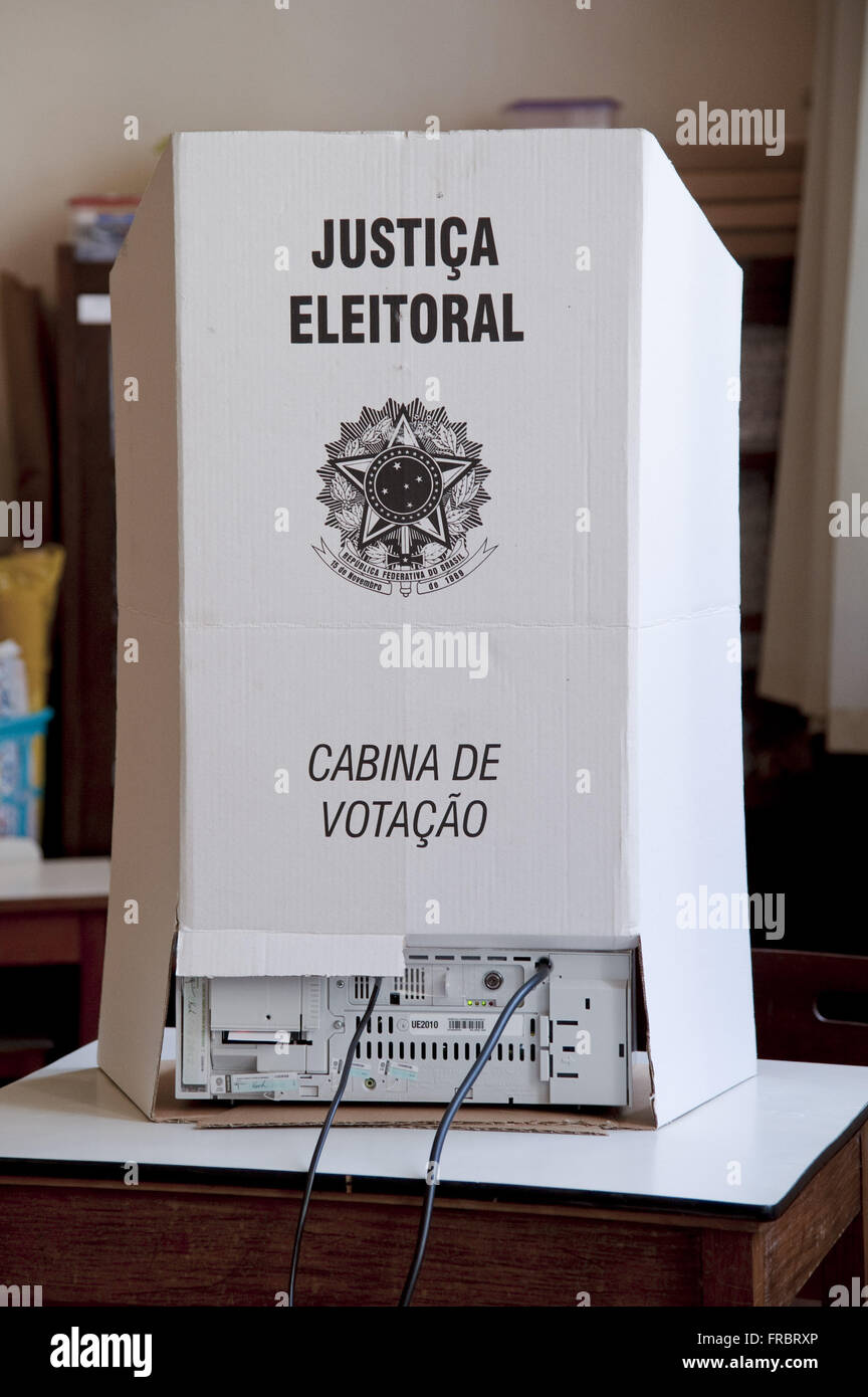 Polling booth with electronic ballot - Elections 2012 - Stock Image