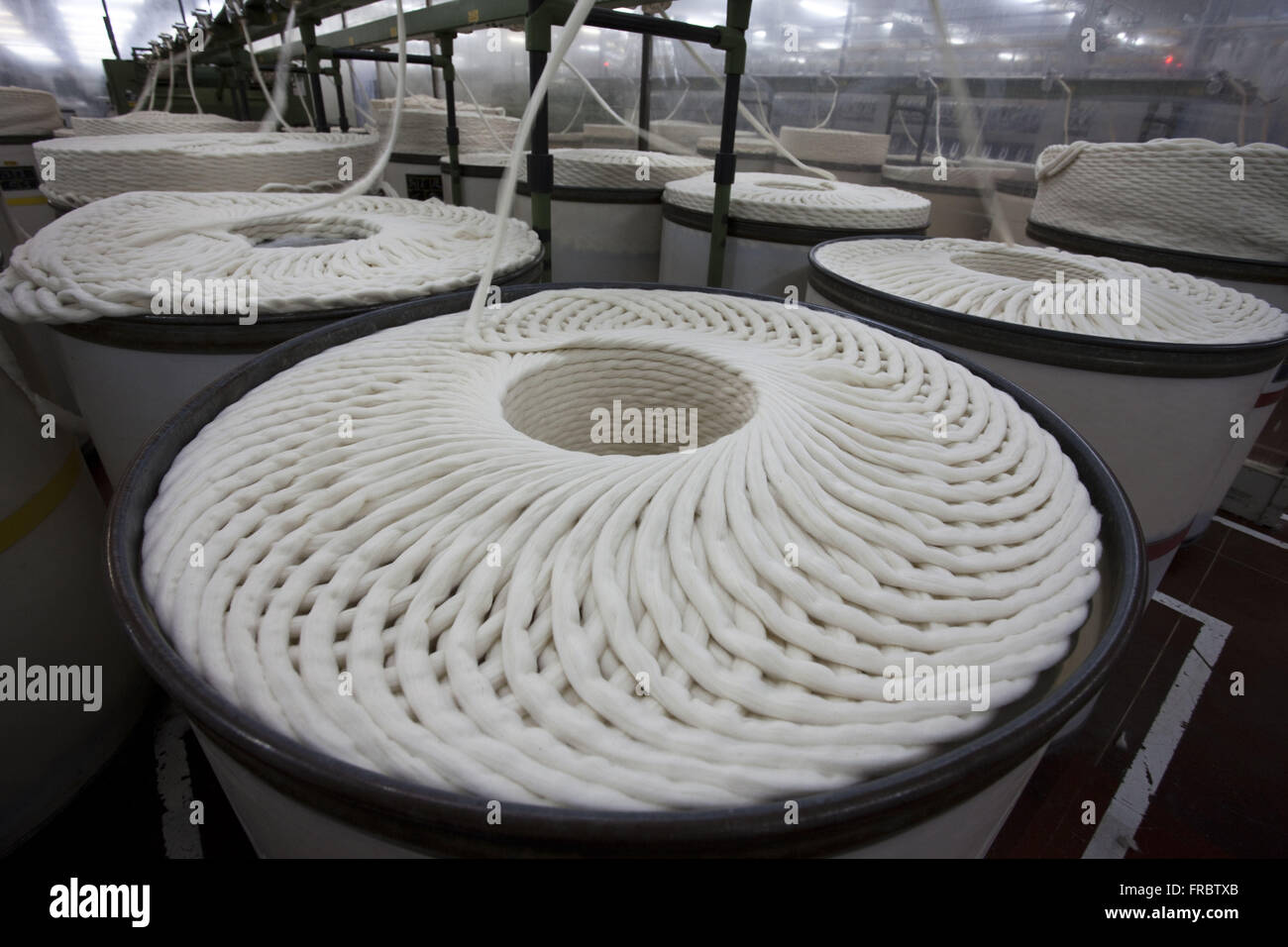Industries yarn into a cooperative - produce pure cotton and mixed yarn - Stock Image