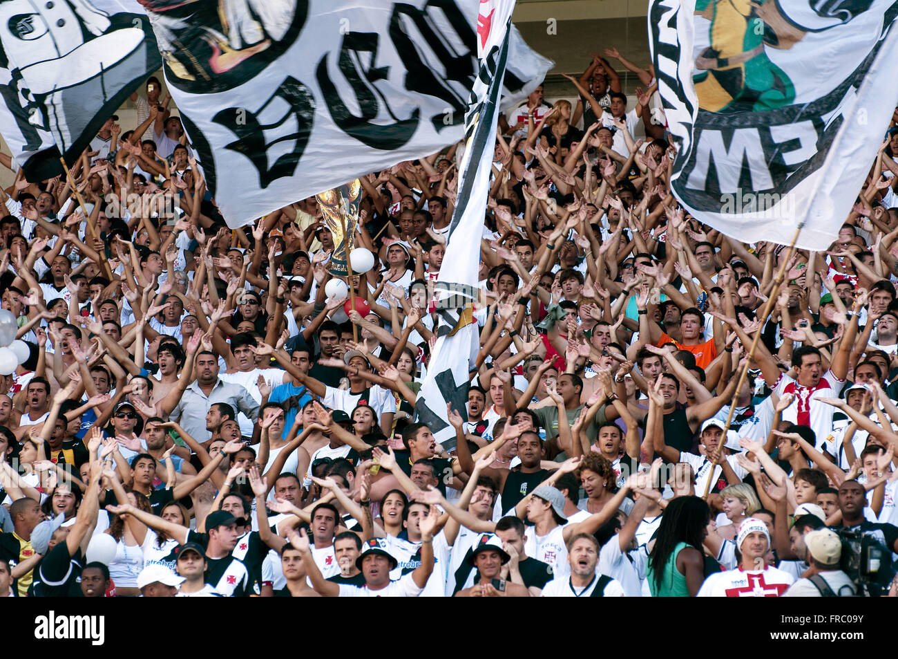 Organized fan of Vasco during the match against Flamengo - Stock Image