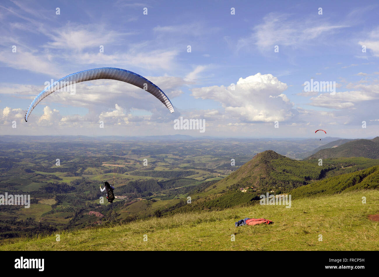 Practice gliding or paragliding from the north ramp next to the Morro do Cristo - Stock Image