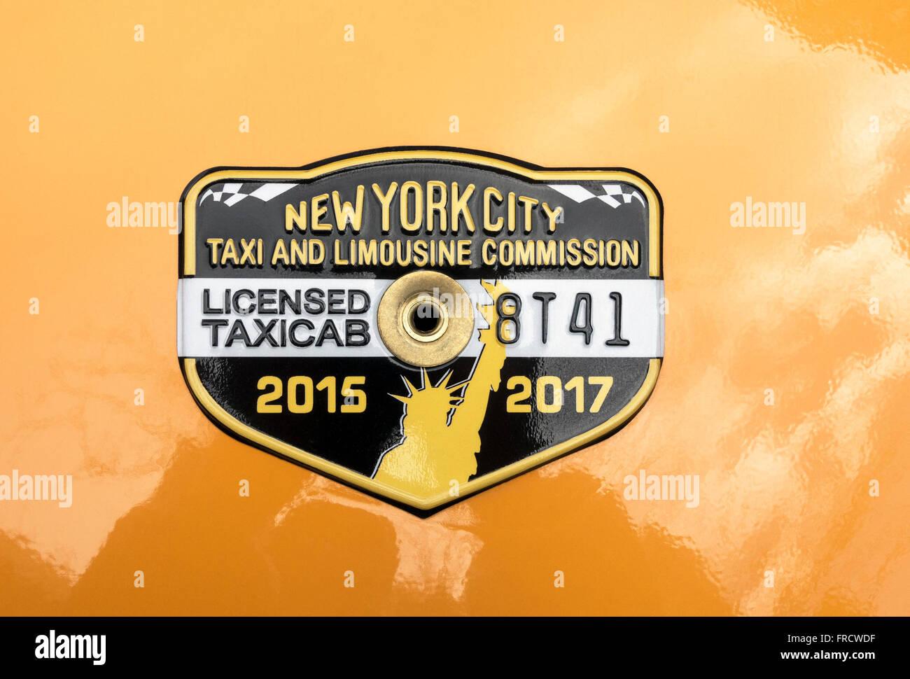 2015-2017 New York City taxi medallion - Stock Image