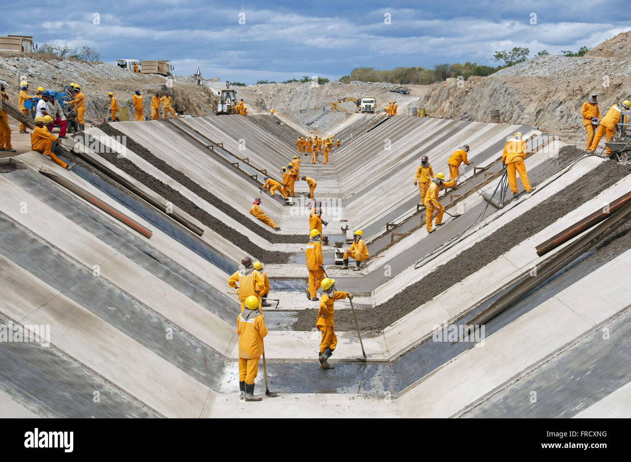 Concreting of the bypass channel of the Rio Sao Francisco - east axis Stock Photo