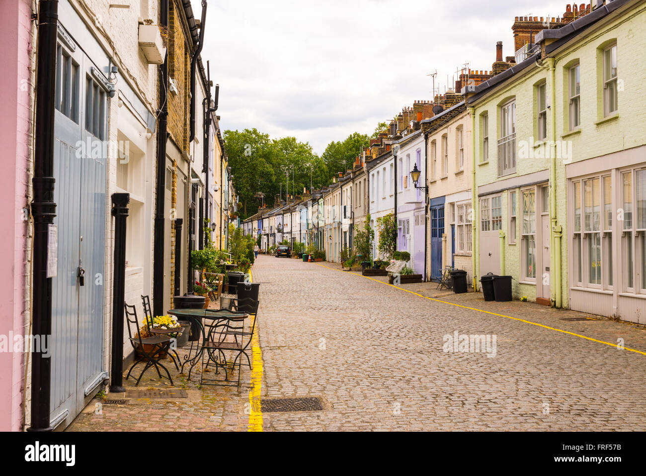 mews terrace stock photos mews terrace stock images alamy. Black Bedroom Furniture Sets. Home Design Ideas