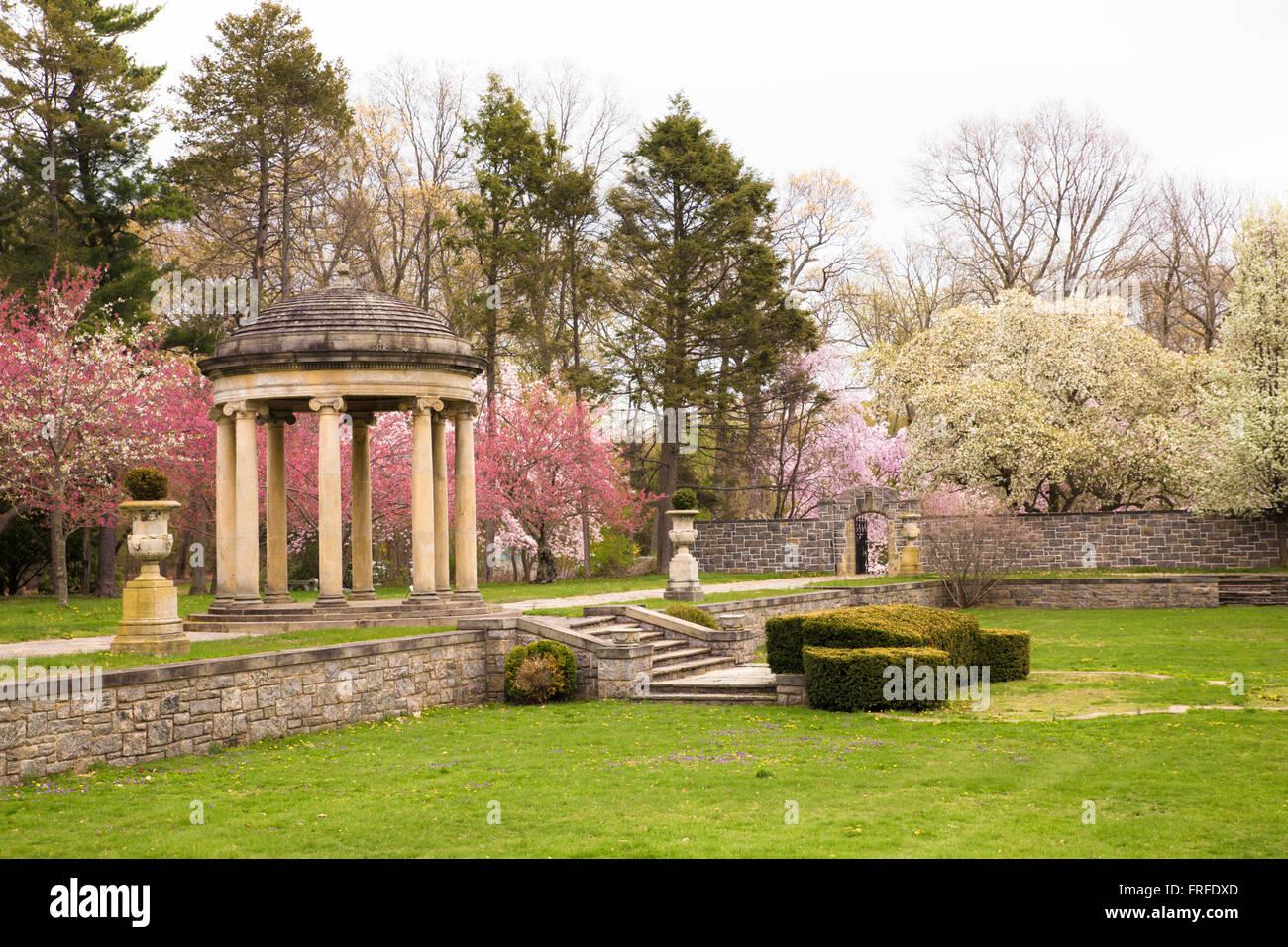 Italian Classical Garden Stock Photos & Italian Classical Garden ...