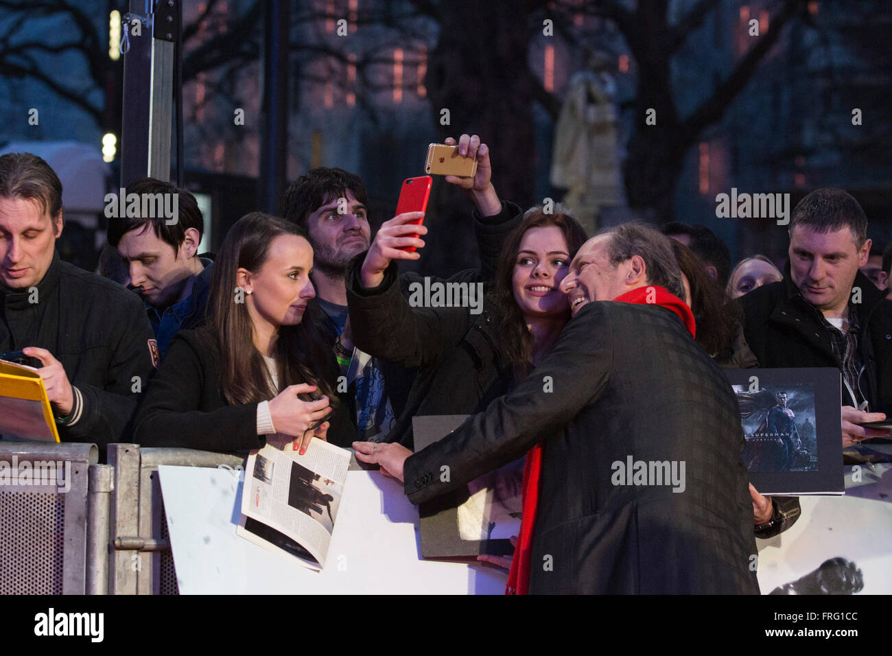 London, UK. 22 March 2016. Composer Hans Zimmer with fans. Warner Bros. Pictures presents the European Premiere - Stock Image
