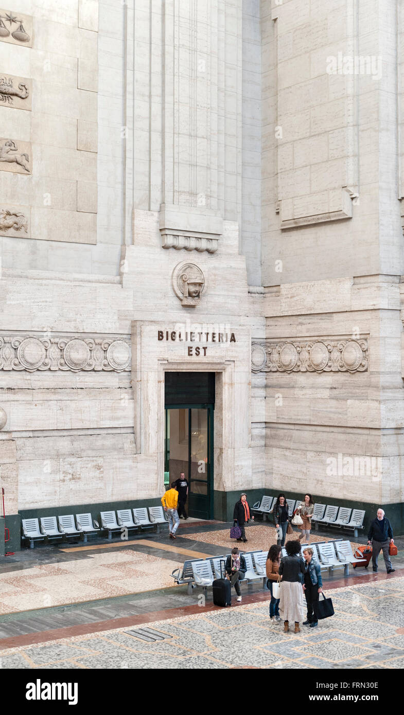 Milan railway station (Milano Centrale), Italy, completed in 1931. The vast atrium leading to the ticket offices - Stock Image