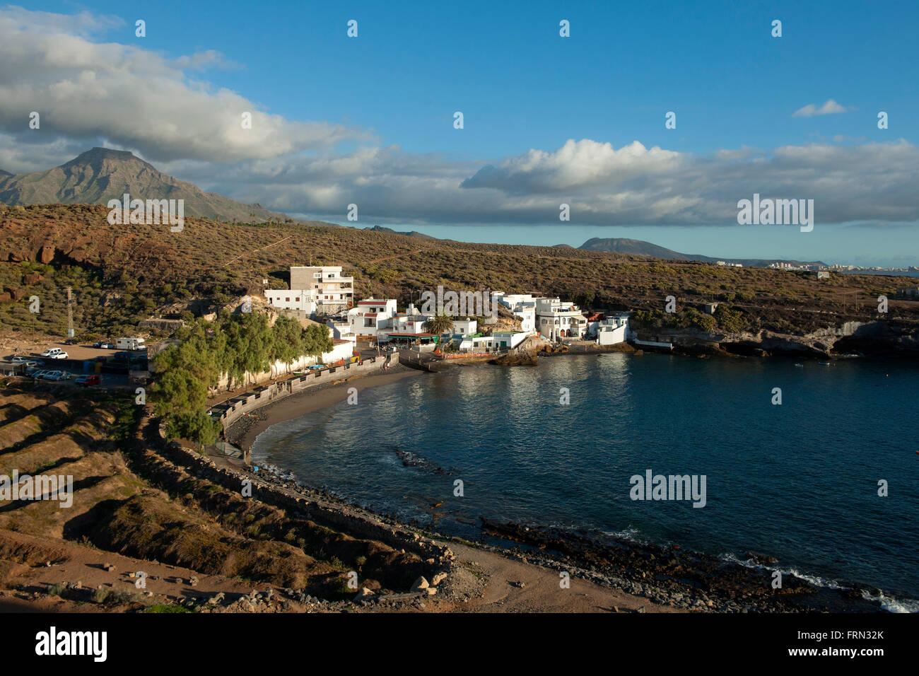 Spanien, Teneriffa, Costa Adeje, El Puertito östlich von Playa Paraiso, links der Tafelberg Roque del Conde - Stock Image