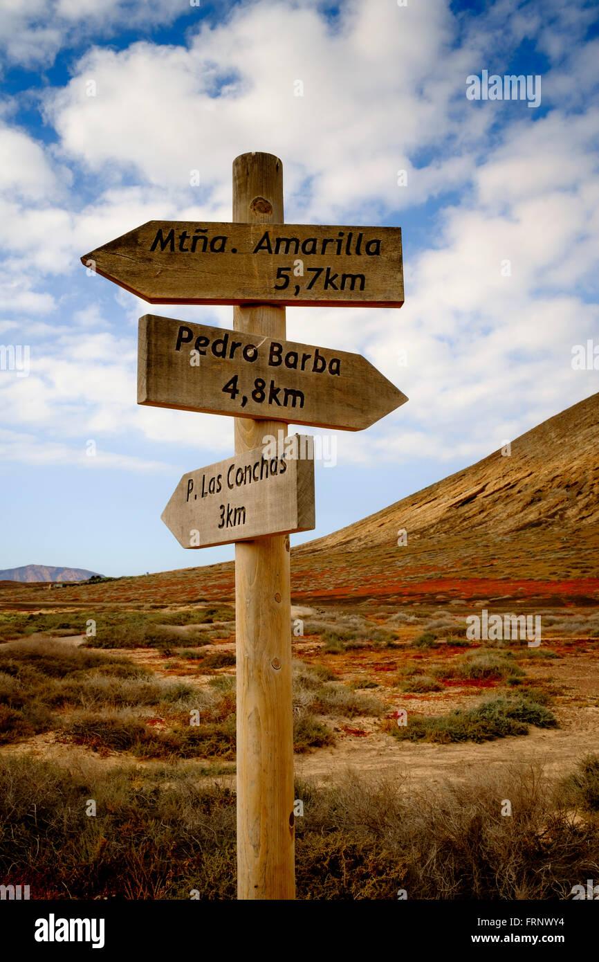 croosroad signal in the middle of la graciosa island, la graciosa, lanzarote,canary islands,spain,europe - Stock Image