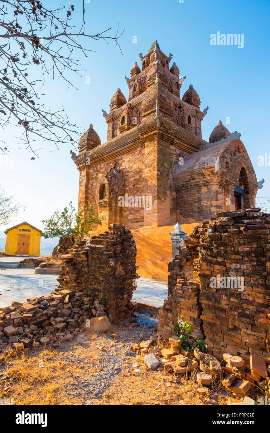 Po Ro Me tower Cham temple ruins, Vietnam - Stock Image