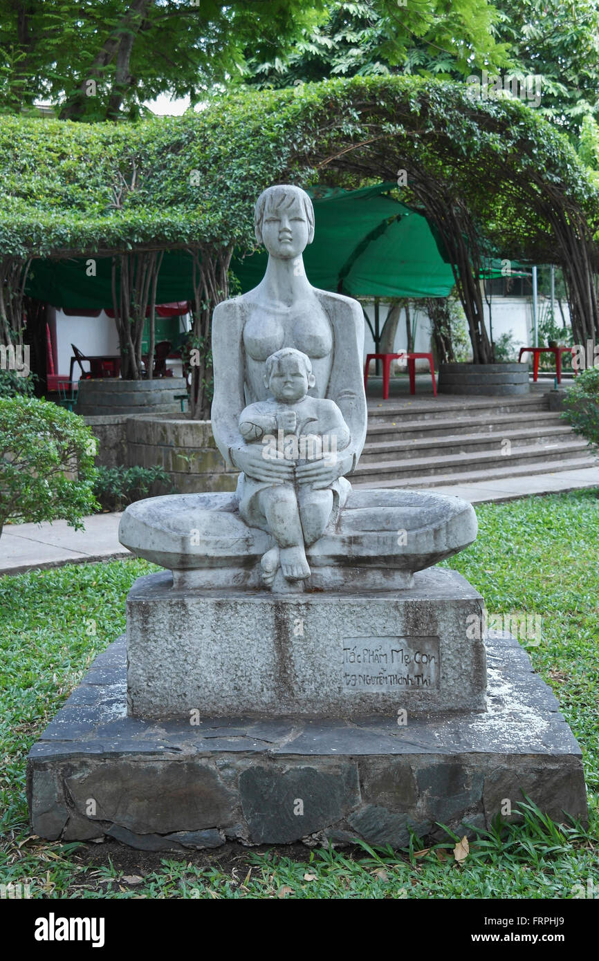 Excellent Statue Mother Child Stock Photos & Statue Mother Child Stock  IQ79