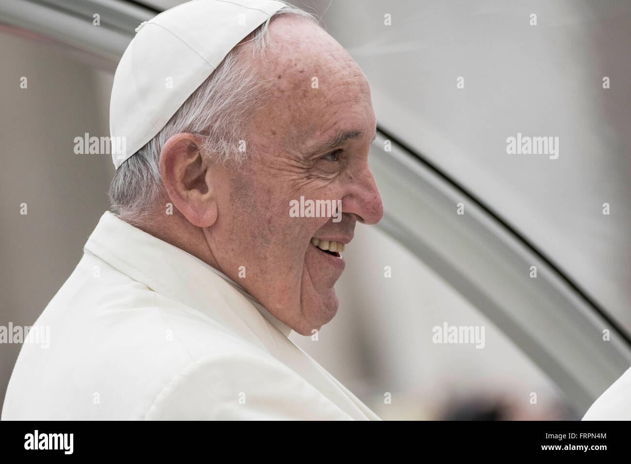 Vatican City, Vatican. 23rd Mar, 2016. Pope Francis holds his Weekly General Audience in St. Peter's Square - Stock Image