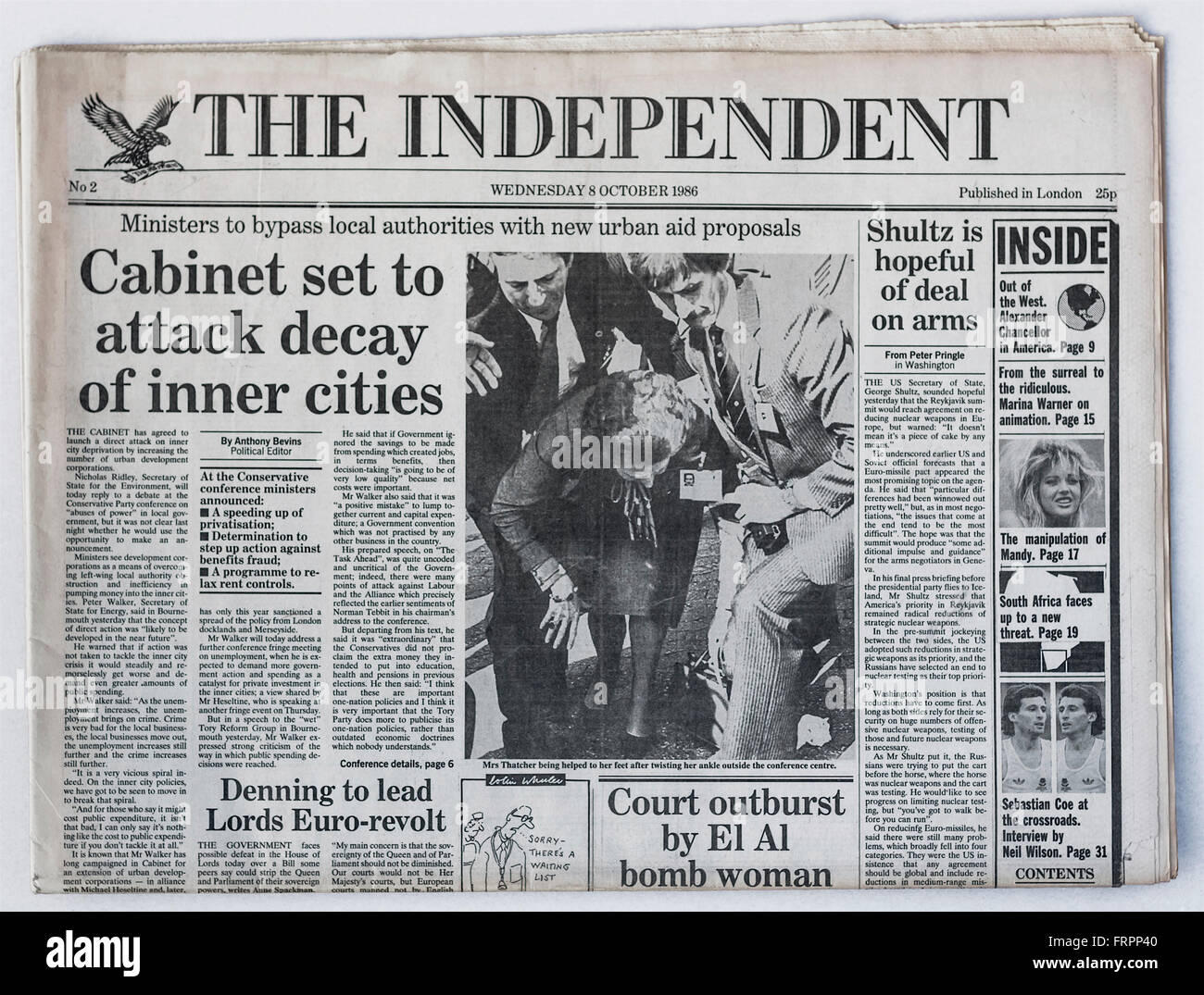 Upper front page Issue #2 'The Independent' UK national newspaper printed Wednesday 8th October 1986 - 'The - Stock Image