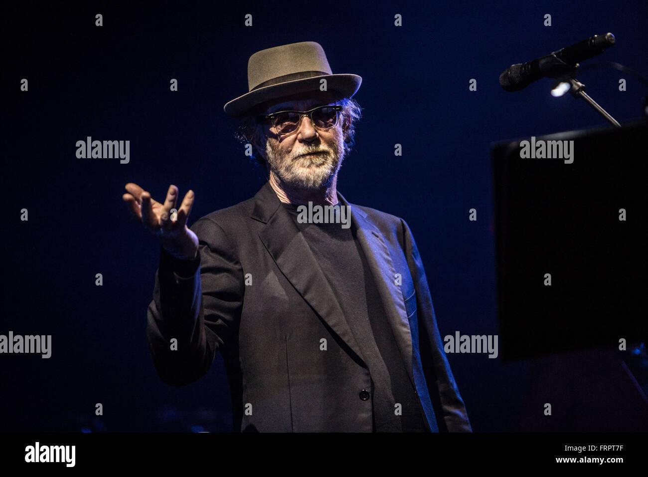 Milan, Italy. 23rd Mar, 2016. Francesco De Gregori performs live at Alcatraz in Milano, Italy, on March 23 2016 Stock Photo
