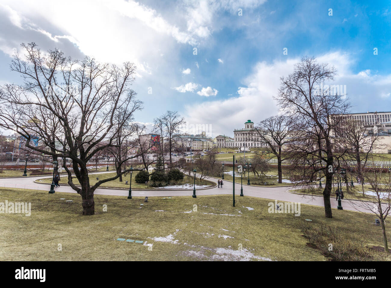 Moscow, Russia - March 20, 2016: Average garden of the Alexander Garden near walls of the Kremlin at the beginning - Stock Image