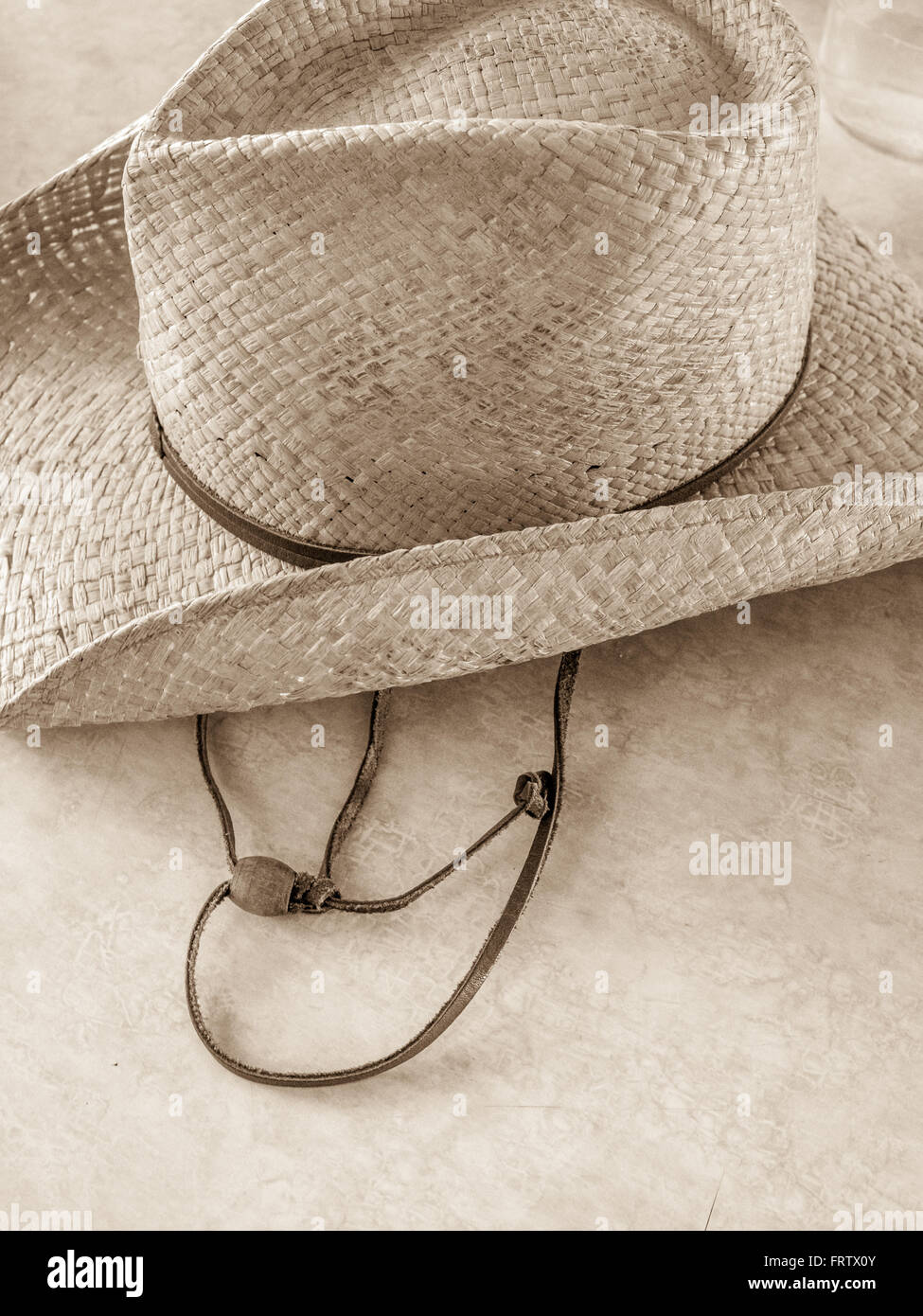 9507fe9f65cc3 Straw Hat Band Stock Photos   Straw Hat Band Stock Images - Alamy