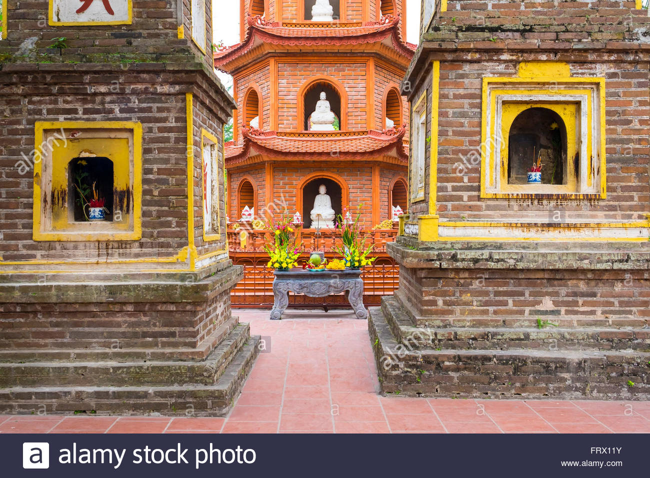 Tran Quoc Pagoda (Chua Tran Quoc), Tay Ho District, Hanoi, Vietnam Stock Photo