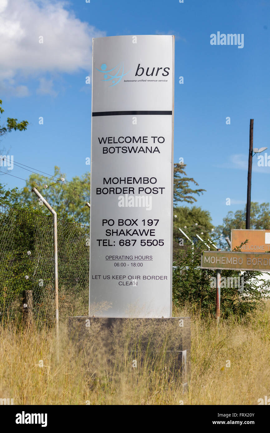 Welcome to Botswana sign at the Mohembo border post with Namibia, near the northern shore of the Okavango Panhandle. - Stock Image