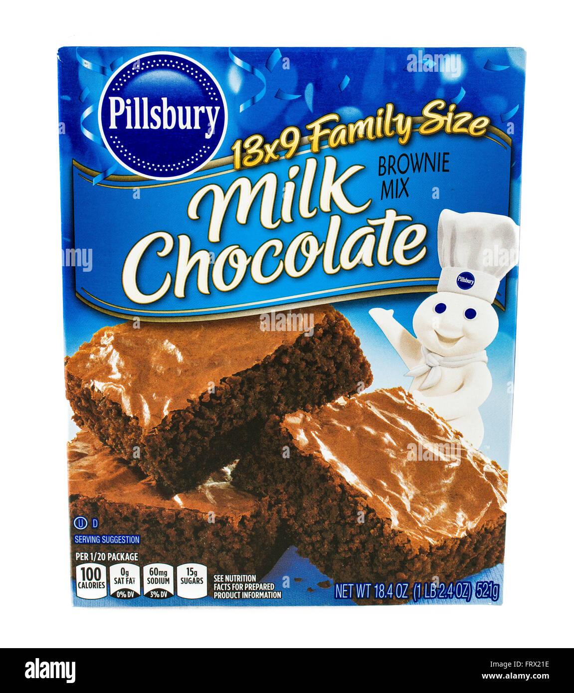 Winneconne, WI - 5 February 2015: Box of Pillsbury Milk Chocolate Brownie Mix. - Stock Image
