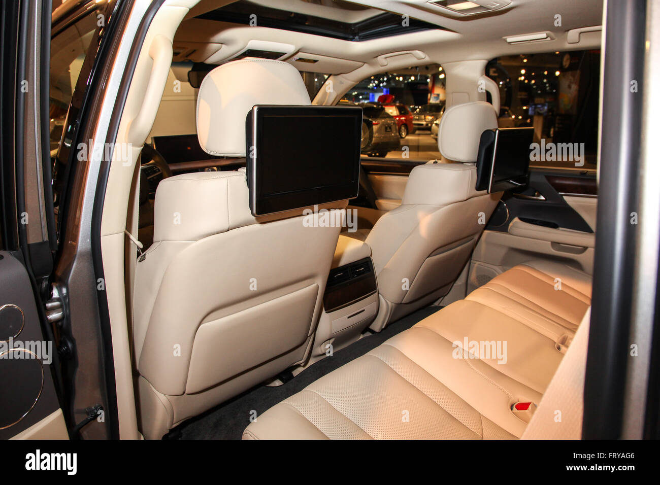 Manhattan, New York, USA. 23rd Mar, 2016. A Lexus LX 570 shown at the New York International Auto Show 2016, at - Stock Image