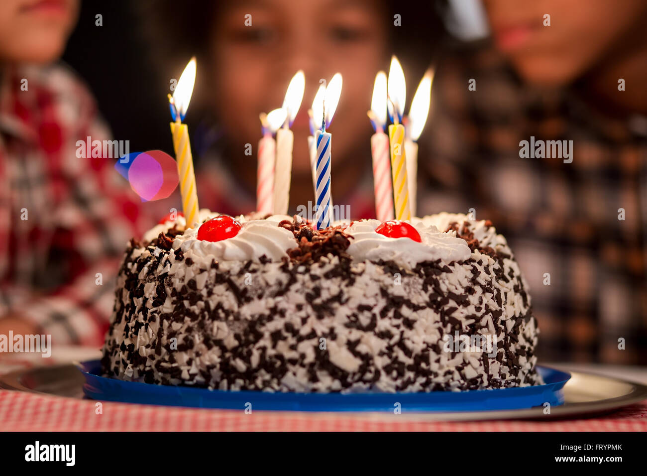 Outstanding Cake In Front Of Kids Small Birthday Cake With Candles Cant Funny Birthday Cards Online Unhofree Goldxyz