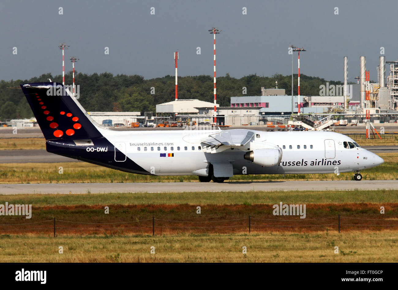OO-DWJ, Brussels Airlines, British Aerospace BAE 146-300 Avro RJ100 - Stock Image
