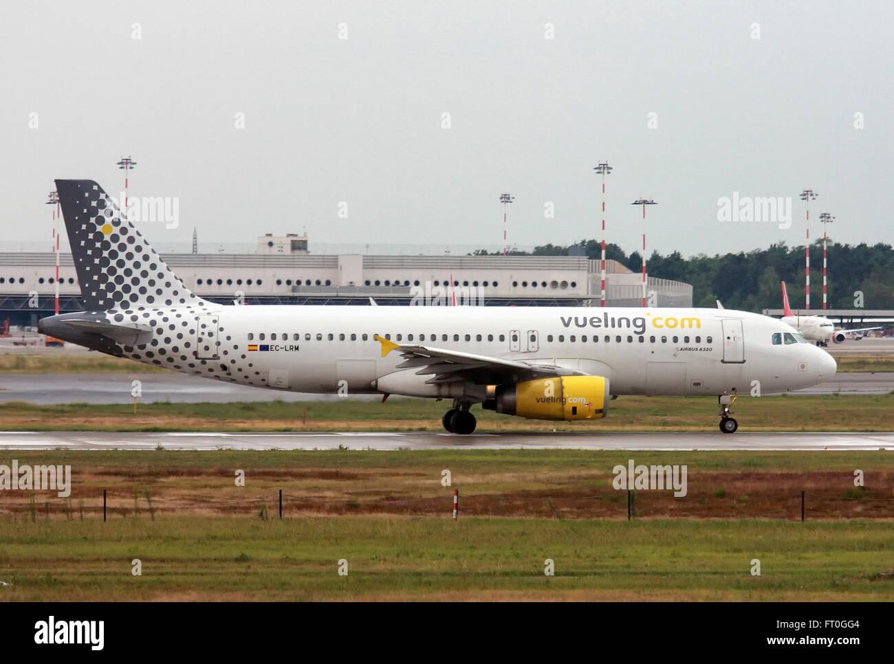 EC-LRM Vueling Airbus A320-200 - Stock Image