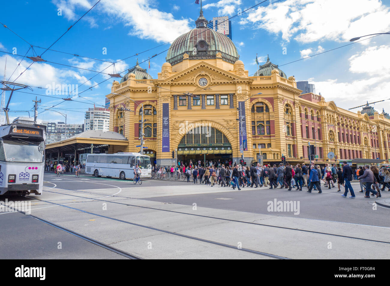 Flinders Street Station is a famous landmark in Melbourne. - Stock Image