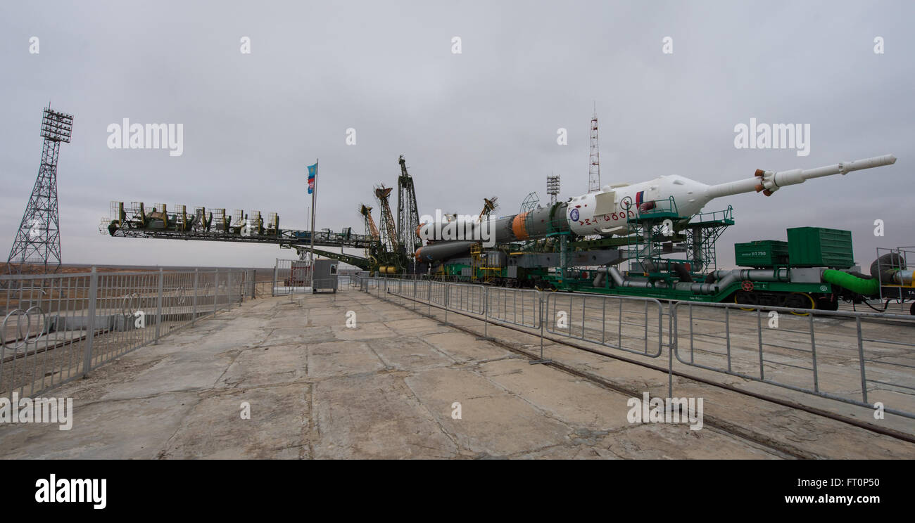 The Soyuz TMA-20M spacecraft is seen at the launch pad after being rolled out by train in the early hours of Wednesday, - Stock Image