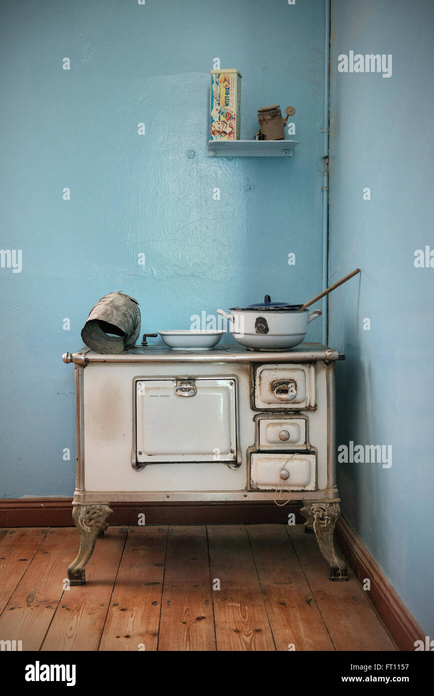 Ghost Town Kitchen Stock Photos & Ghost Town Kitchen Stock Images ...