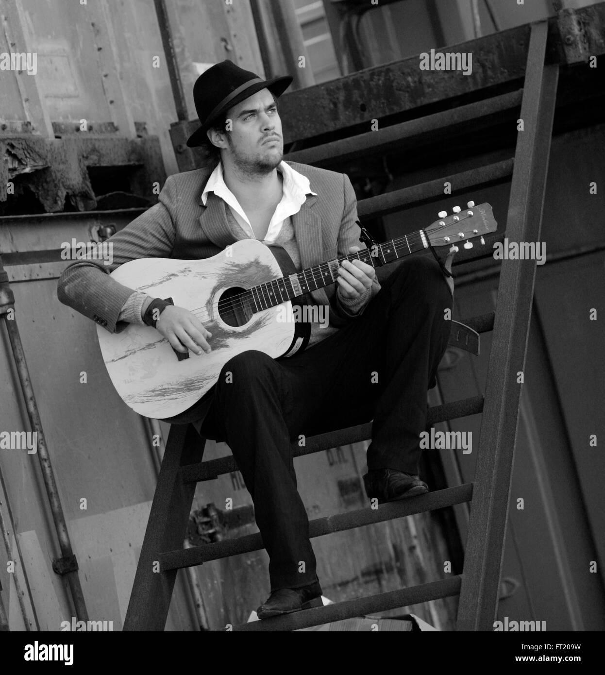 Pete Lawrie, lead singer of Until the Ribbon Breaks UTRB - Stock Image