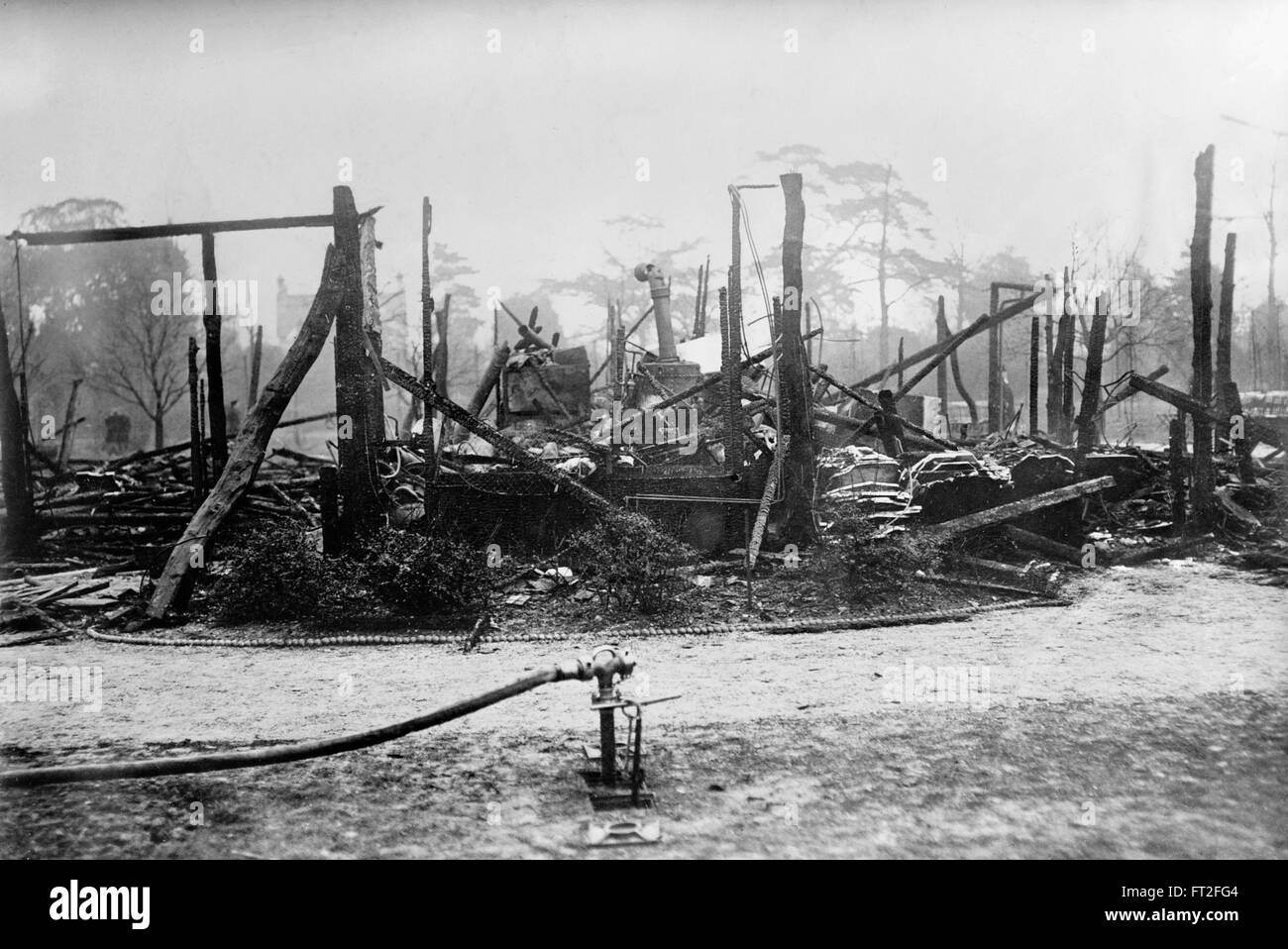 The Tea House at Kew Gardens London, burnt down by suffragettes Lilian Lenton and Olive Wharry as part of an organised - Stock Image
