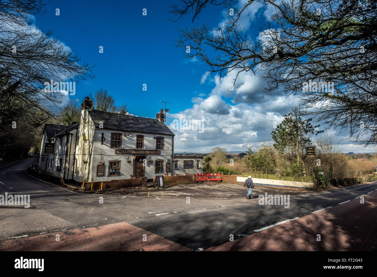 The Boar's Head pub in Horsham, West Sussex, now closed for business. - Stock Image