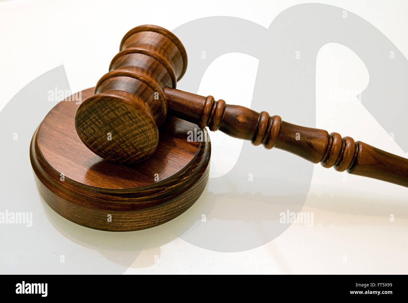 A Judges Wooden Gavel On The Desk Paragraph Background