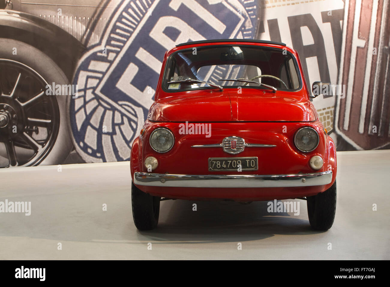 Fiat Logo Stock Photos Amp Fiat Logo Stock Images Alamy