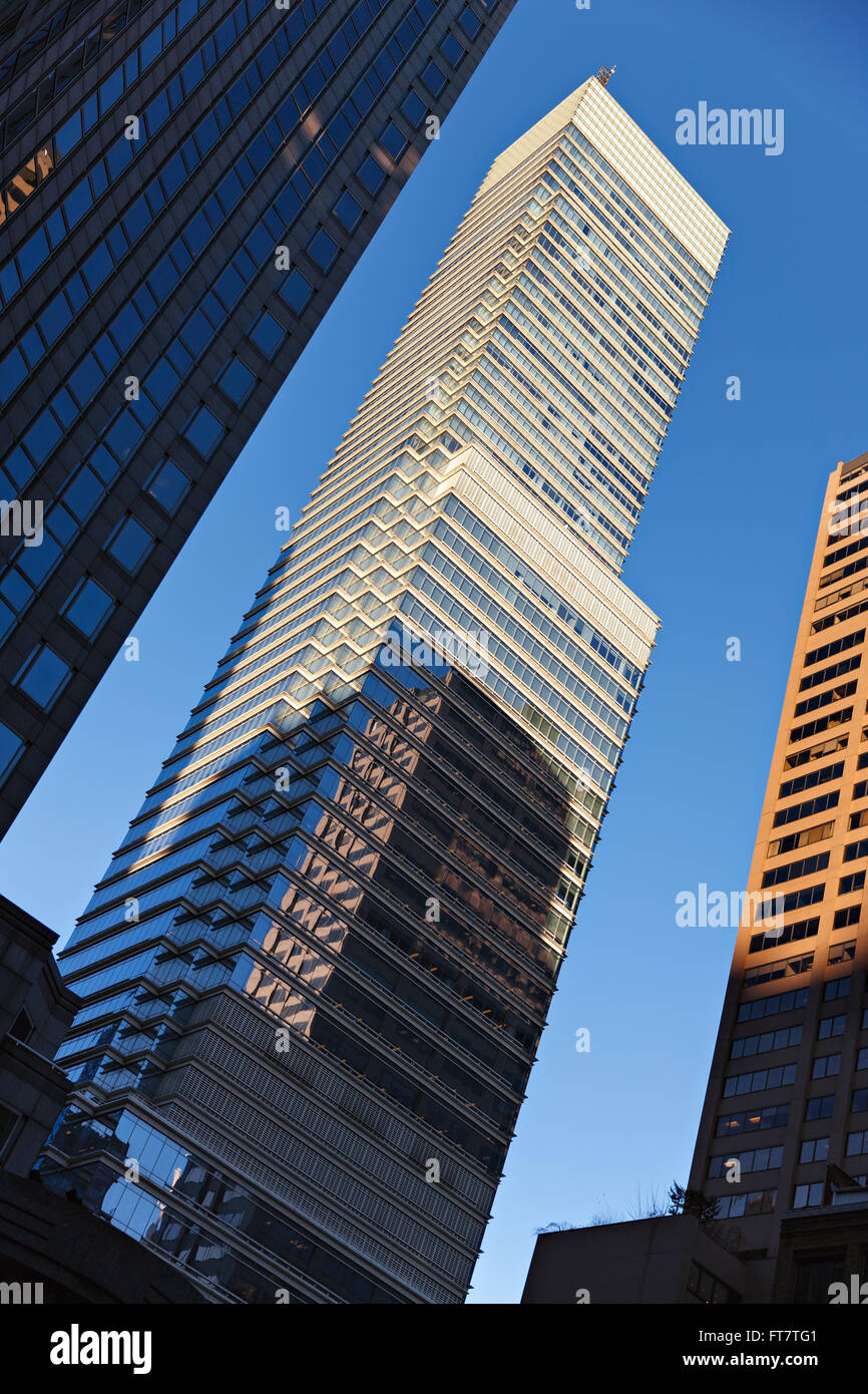 Bloomberg Tower (also known as Alexander's Tower) at sunset located at 731 Lexington Avenue, Manhattan, New - Stock Image