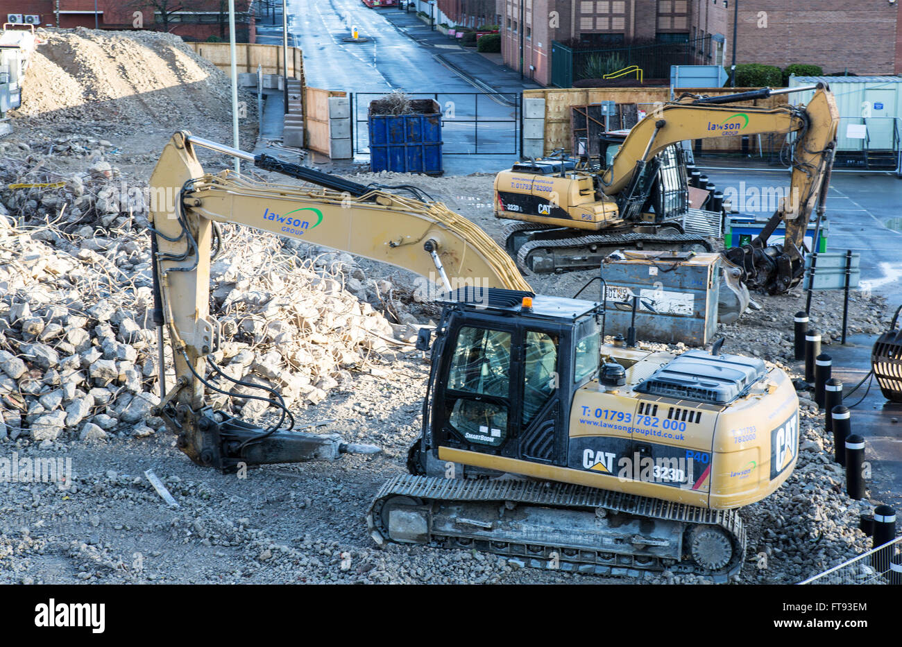Demolition of the Wyvern car park Swindon - Stock Image