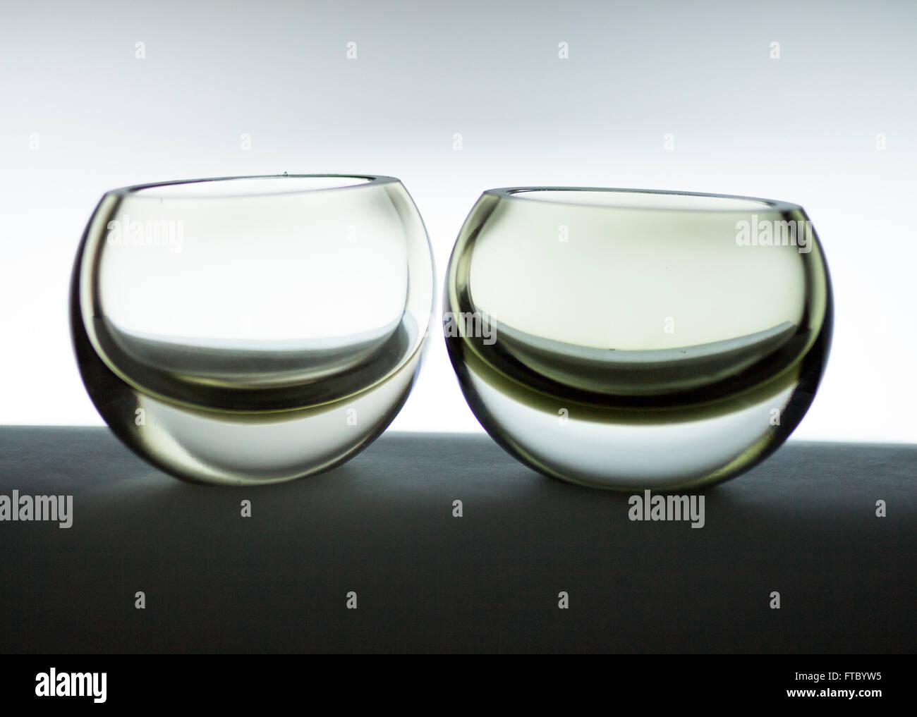 Two Tapio Wirkkala sommerso glass vases - Stock Image