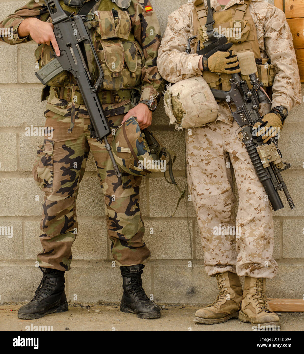 ROTA, Spain (Oct  3, 2013) - A Spanish infantry marine and a