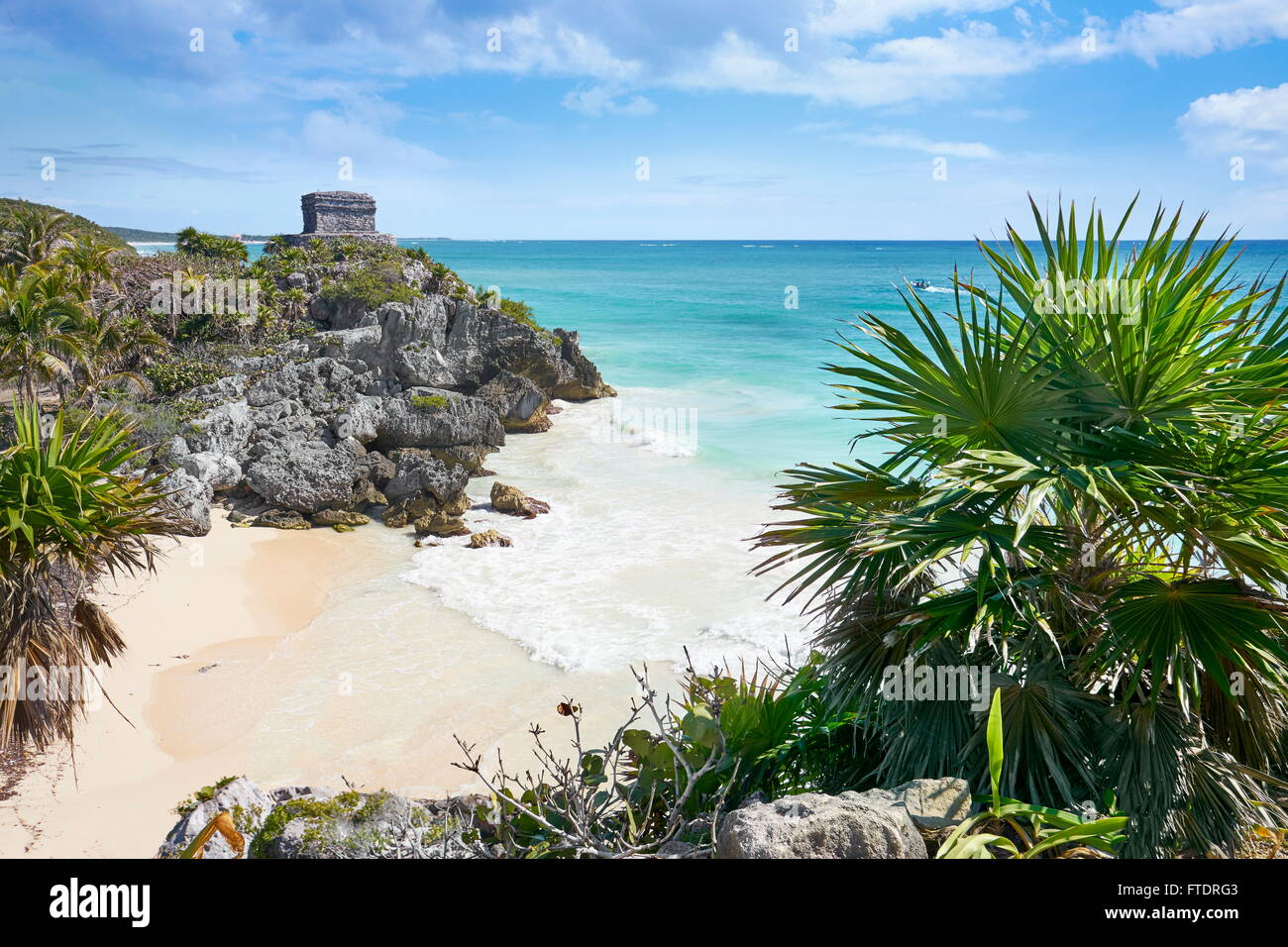 Ancient Maya Ruins, Caribbean Beach of Tulum, Mexico's Riviera, Mexico - Stock Image