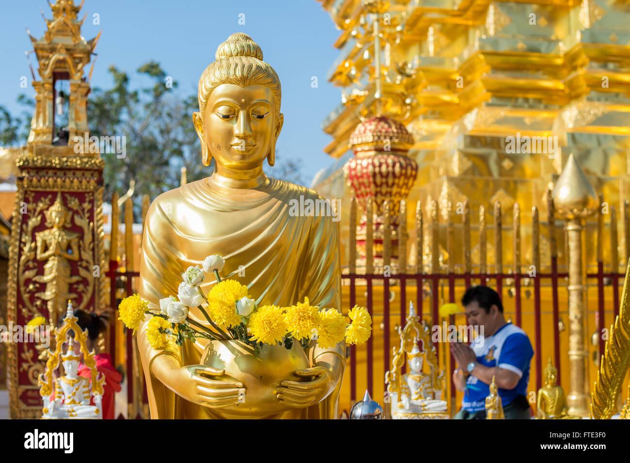 Thai people worship at Wat Phra That Doi Suthep in Chiang Mai, Thailand - Stock Image