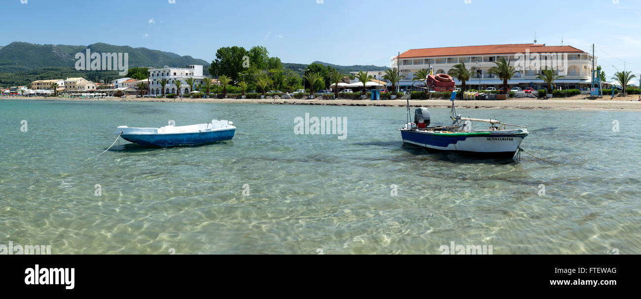2 boats moored up at Rhoda Beach, Corfu Stock Photo