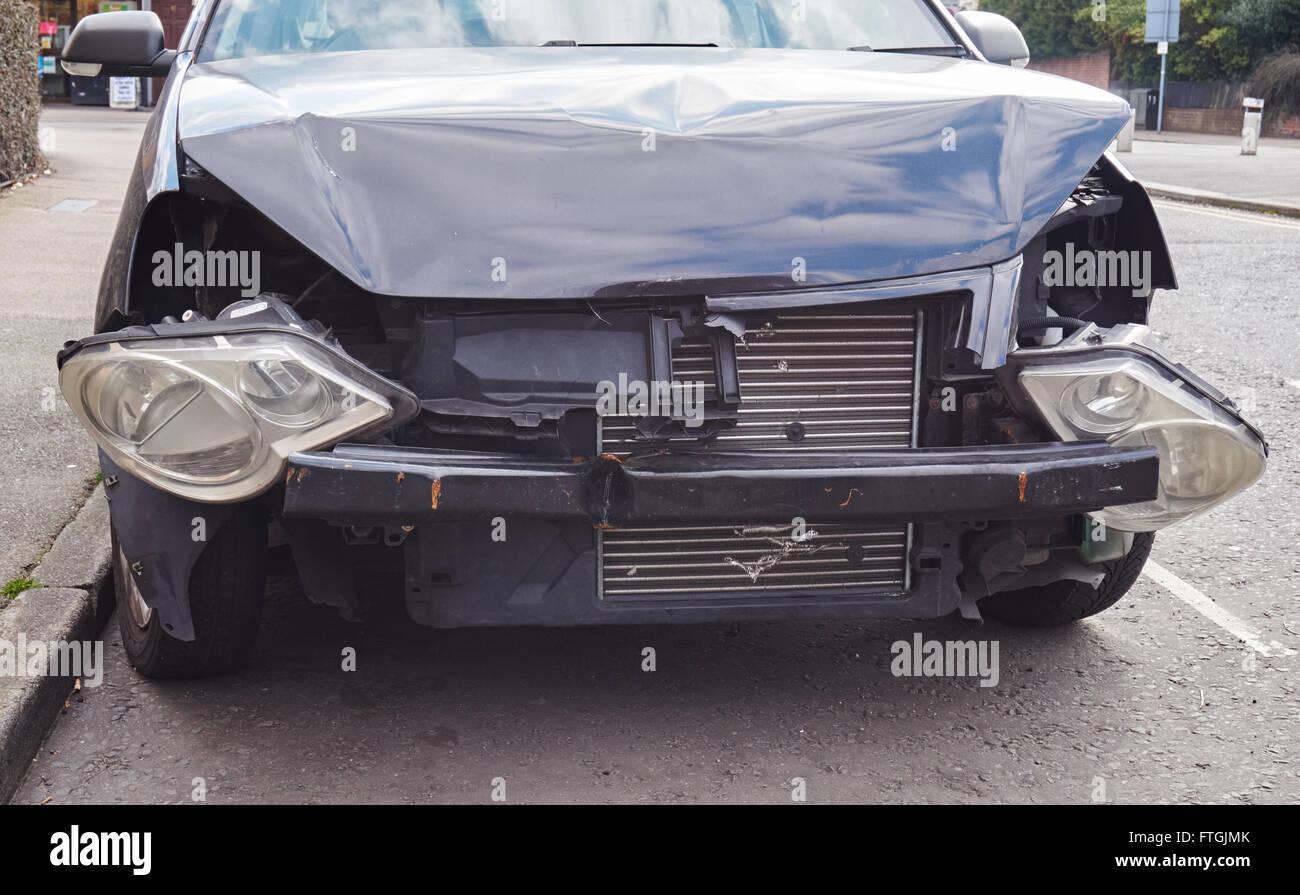 Crash damaged car - Stock Image