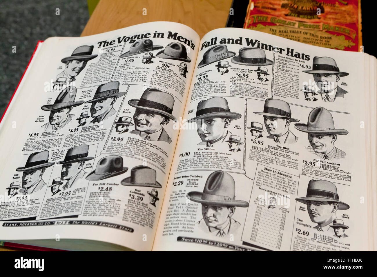 Men's hats pages from 1902 Sears Roebuck Catalogue book - USA - Stock Image