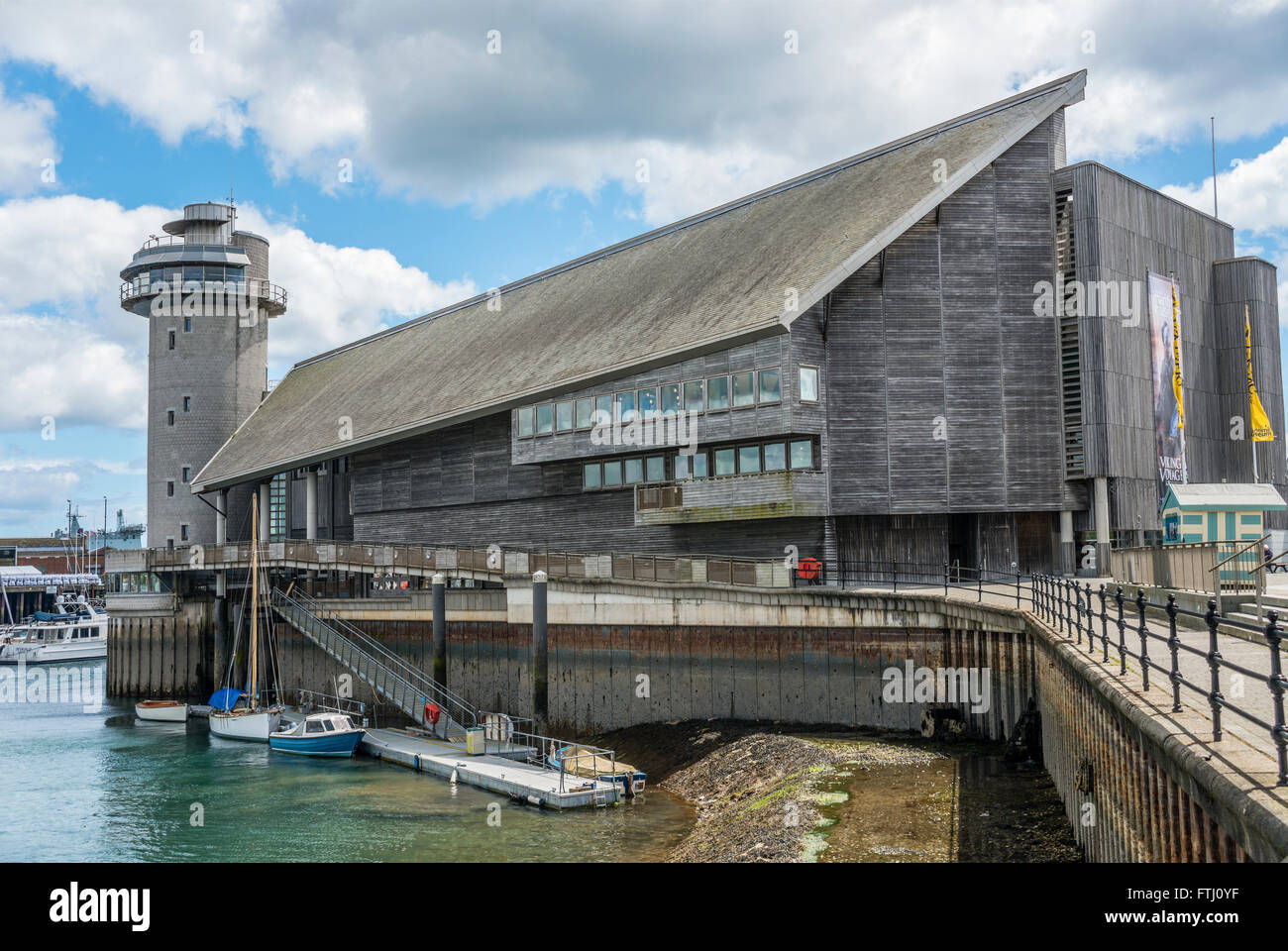 National Maritime Museum at the harbor of Falmouth, Cornwall, England, UK | National Maritime Museum Hafen von Falmouth. - Stock Image