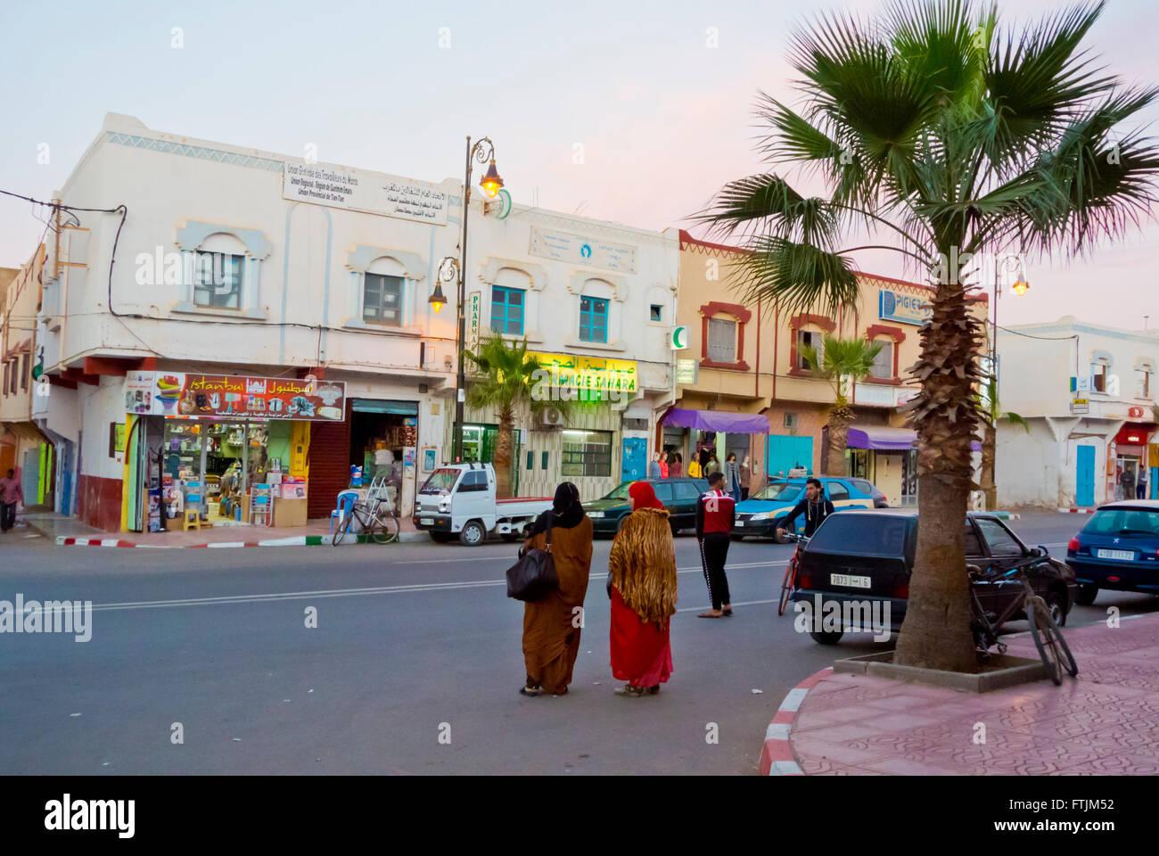 Boulevard Hassan II, Tan Tan, southern Morocco, northern Africa - Stock Image