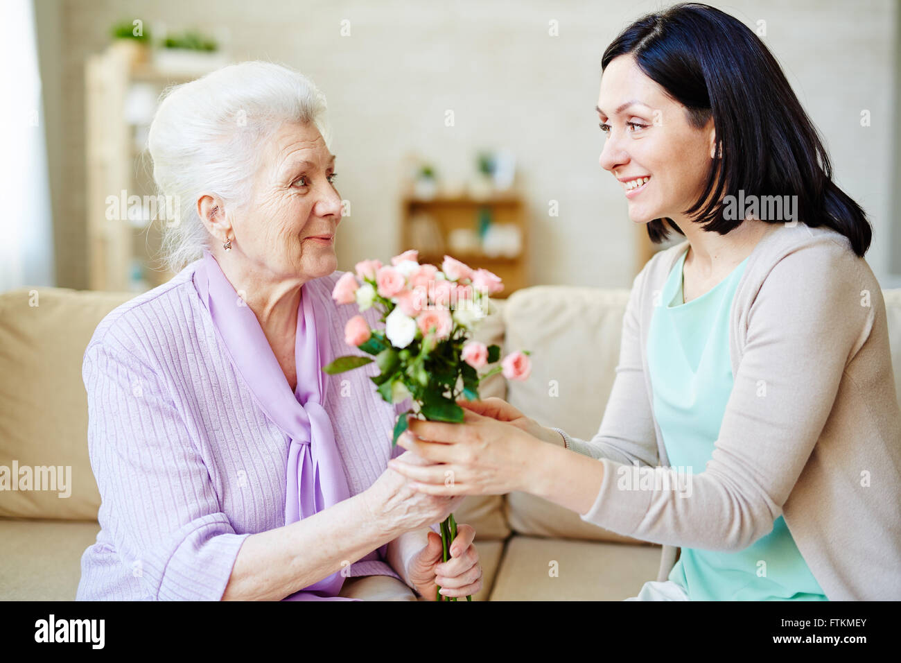 Roses for mum - Stock Image