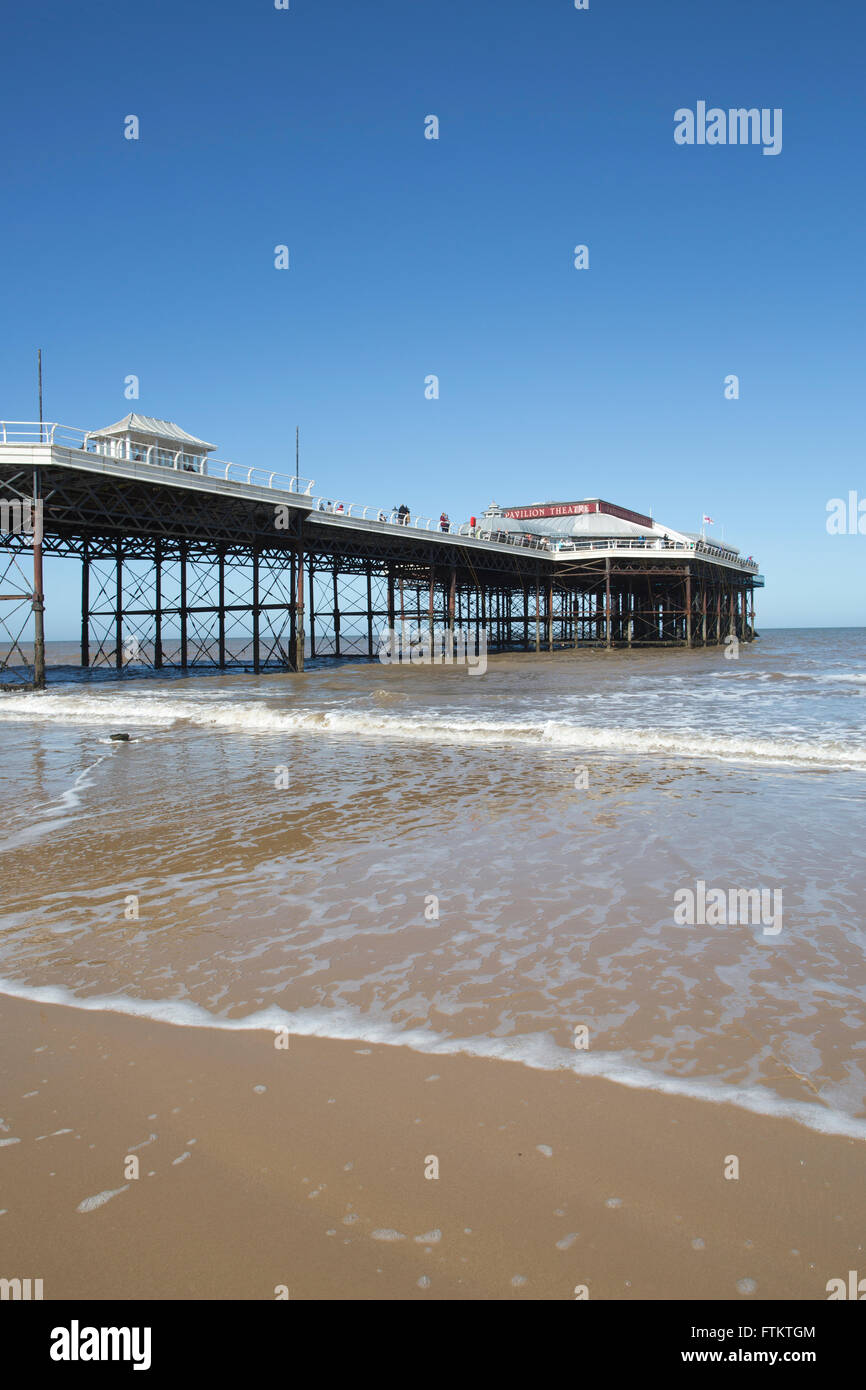 Cromer Pier, Norfolk coastline, England, United Kingdom - Stock Image