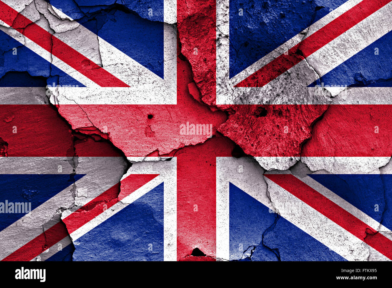 https://c8.alamy.com/comp/FTKX95/flag-of-uk-painted-on-cracked-wall-FTKX95