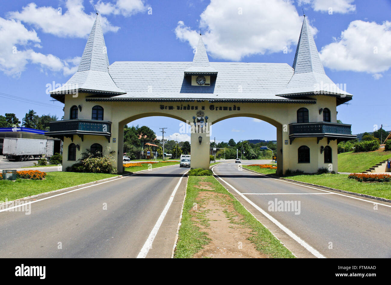 Portico city - Entrance Via Taquara - opened in 1991 in Norman style - Stock Image