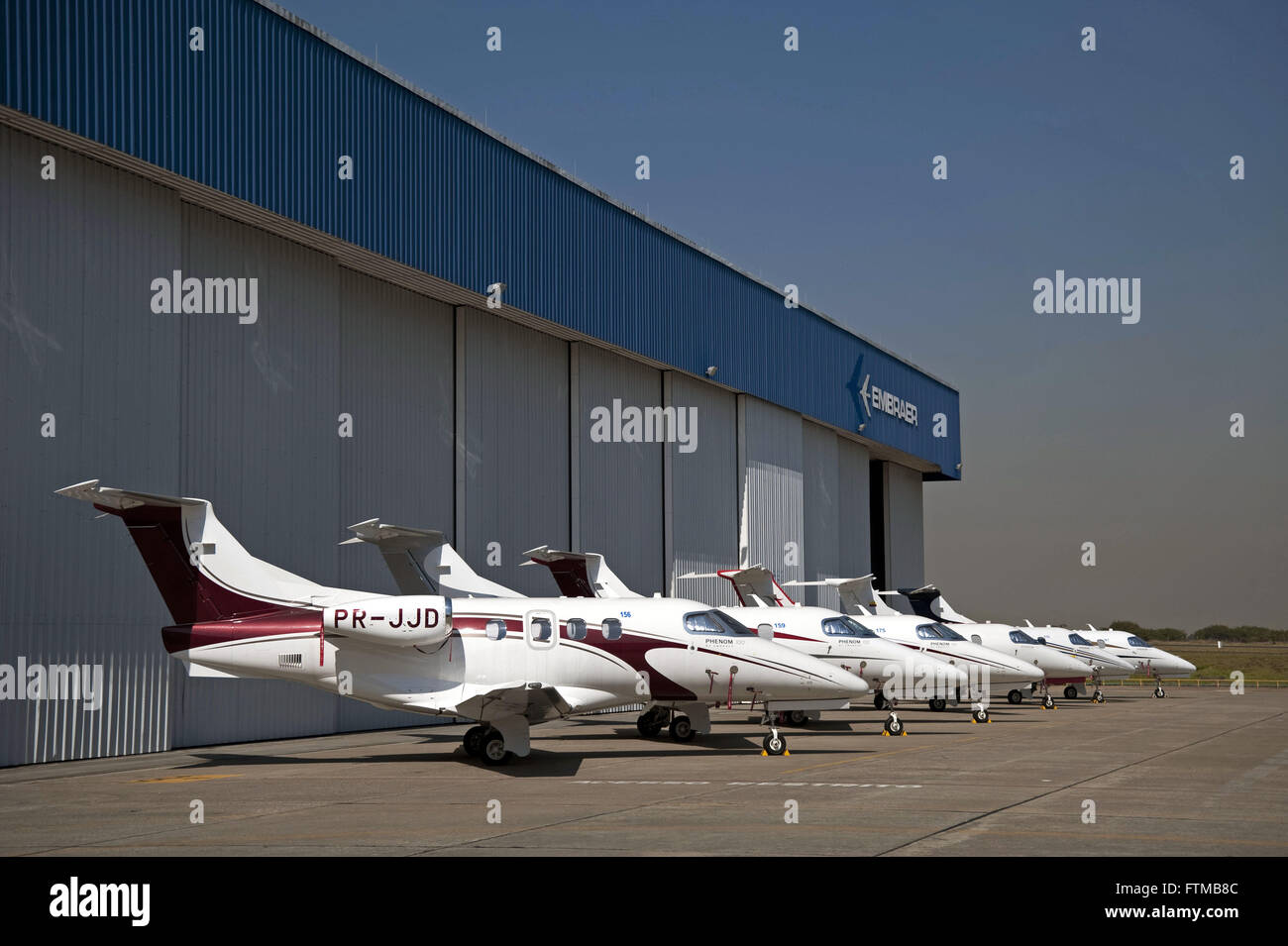 Phenom 100 executive jets - Embraer Executive Jets - Stock Image